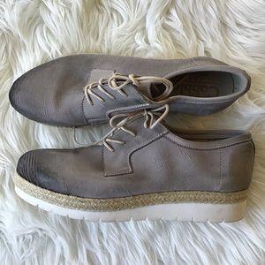 Cobbler Bed Stu Shoes